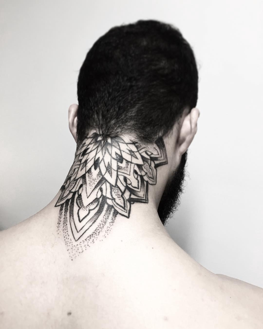 Tatuagem No Pescoco Qual O Significado Blog Tattoo2me Mc gui é famoso por ser um cantor e compositor do funk ostentação! tatuagem no pescoco qual o significado