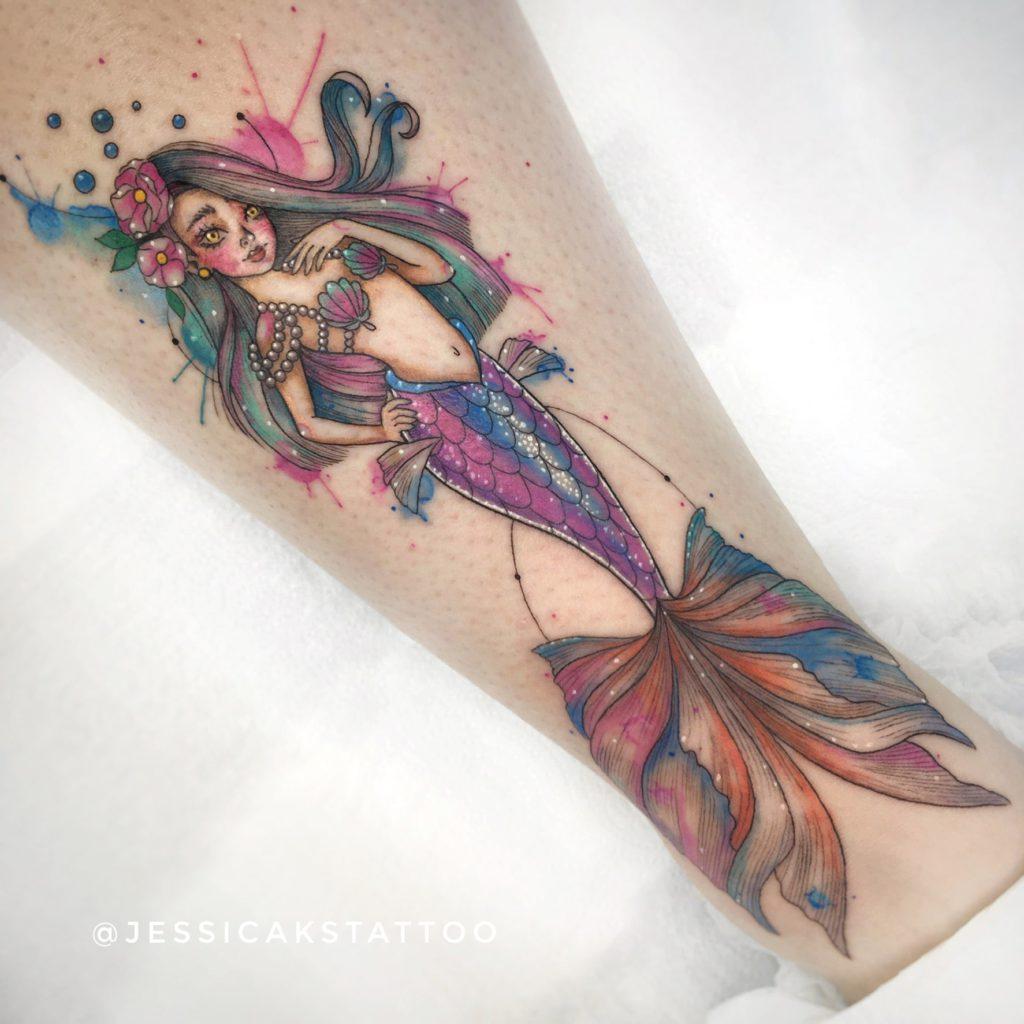 Foto de tatuagem feita por Jessica Sant'ana (@jessicakstattoo)