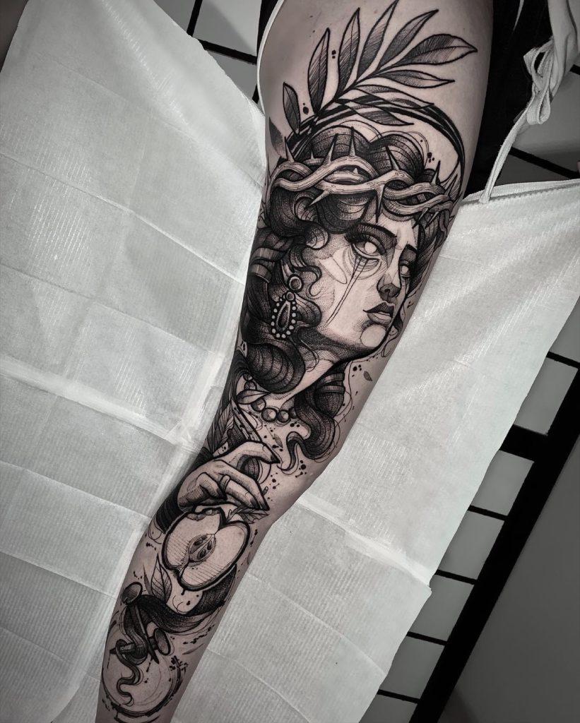Foto de tatuagem feita por Diih Favaretto (@diihfavaretto)