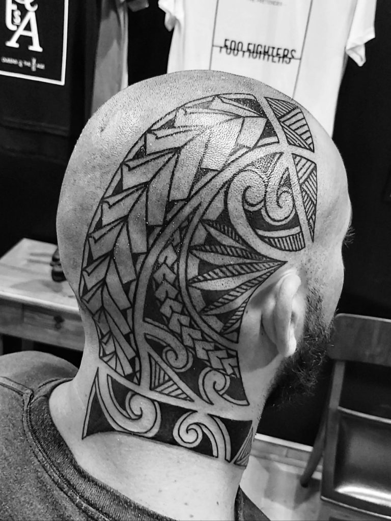 Foto de tatuagem feita por Elton Schoenau (@eltonschoenau_tattoo)