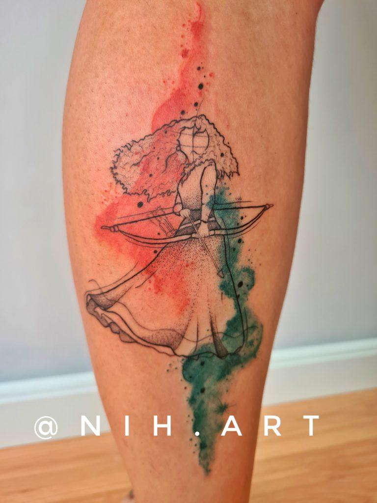 Foto de tatuagem feita por Nih Art (@nih.art)