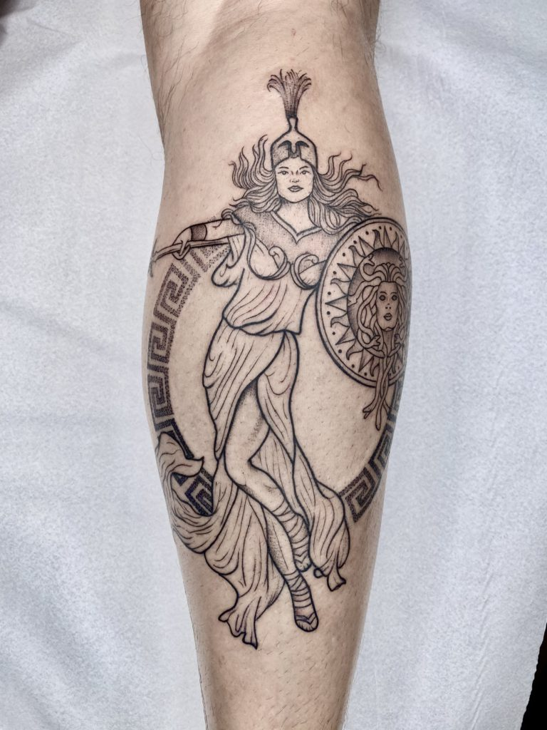 Foto de tatuagem feita por Pri Maia Tattoo (@primaiatattoo)