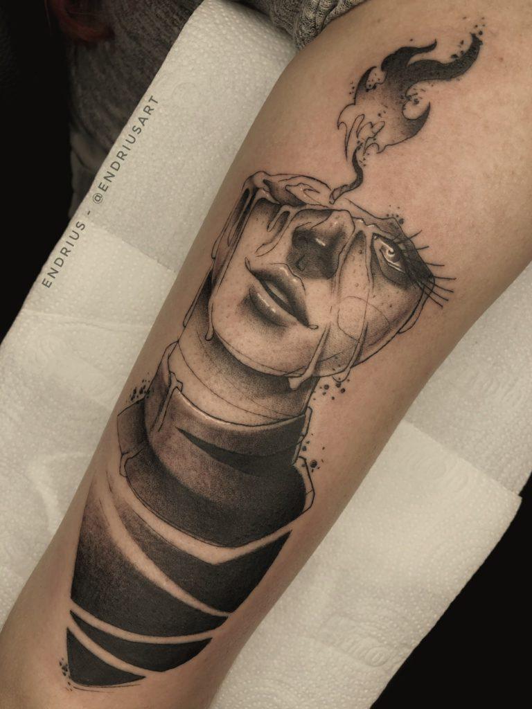 Foto de tatuagem feita por Endrius Souza (@endriusart)