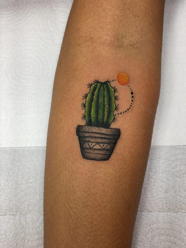 Foto de tatuagem feita por Suh Miranda (@_suhmiranda_)