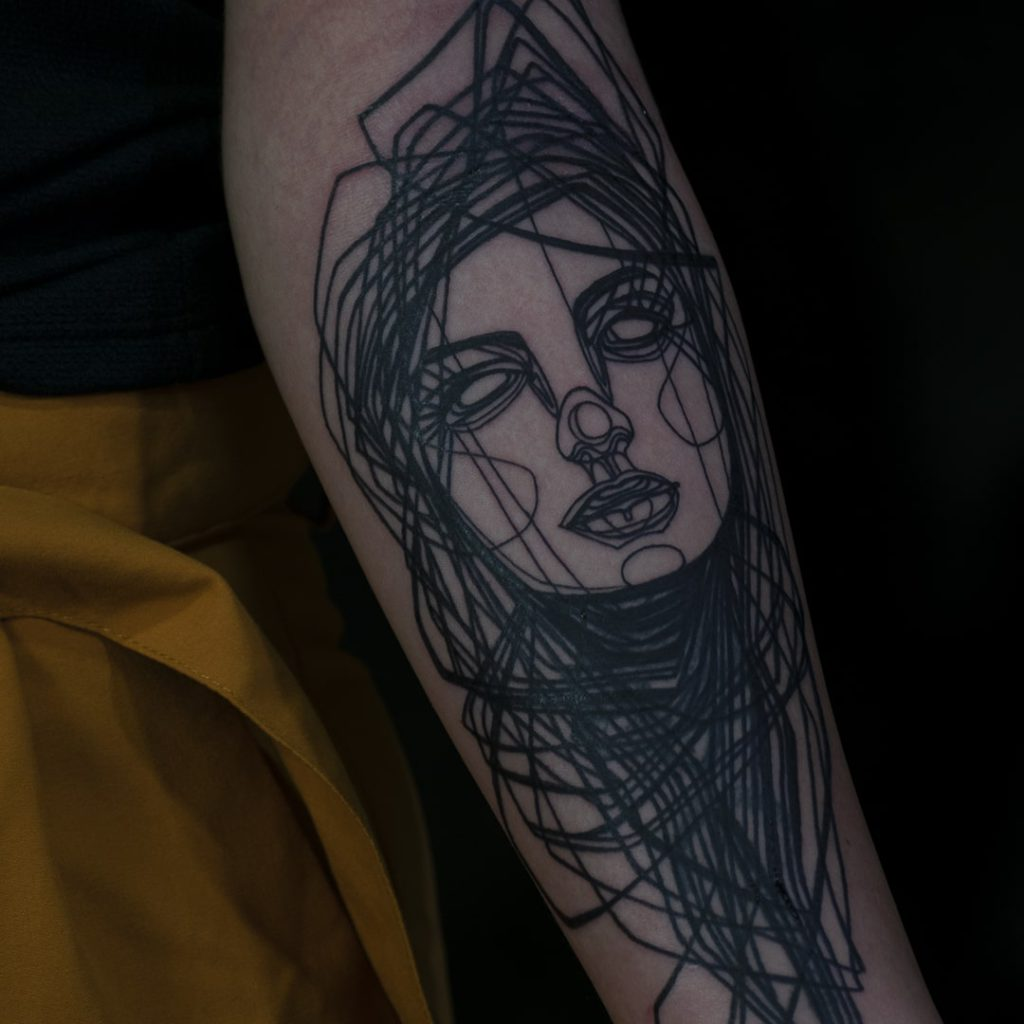 Foto de tatuagem feita por Cris D. (@crisdtattoo)