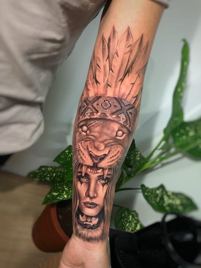 Foto de tatuagem feita por Fe Bahia (@fe.bahia)