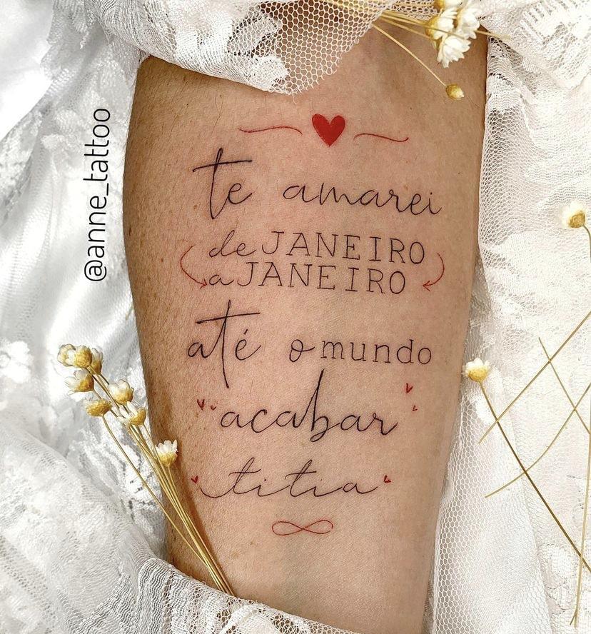 Foto de tatuagem feita por Anne Camargo (@anne_tattoo)
