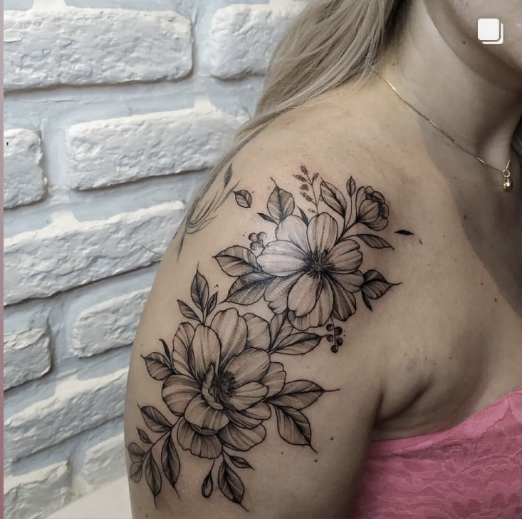 Foto de tatuagem feita por Jhonatan Carneiro (@jhonatanctattoo)