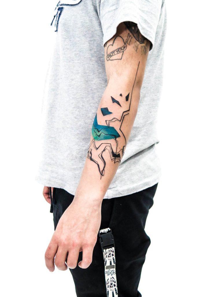Foto de tatuagem feita por Pietro Moleti (@pietromoleti)