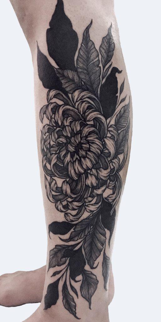 Foto de tatuagem feita por Bruna Grassi (@estudiograssi)