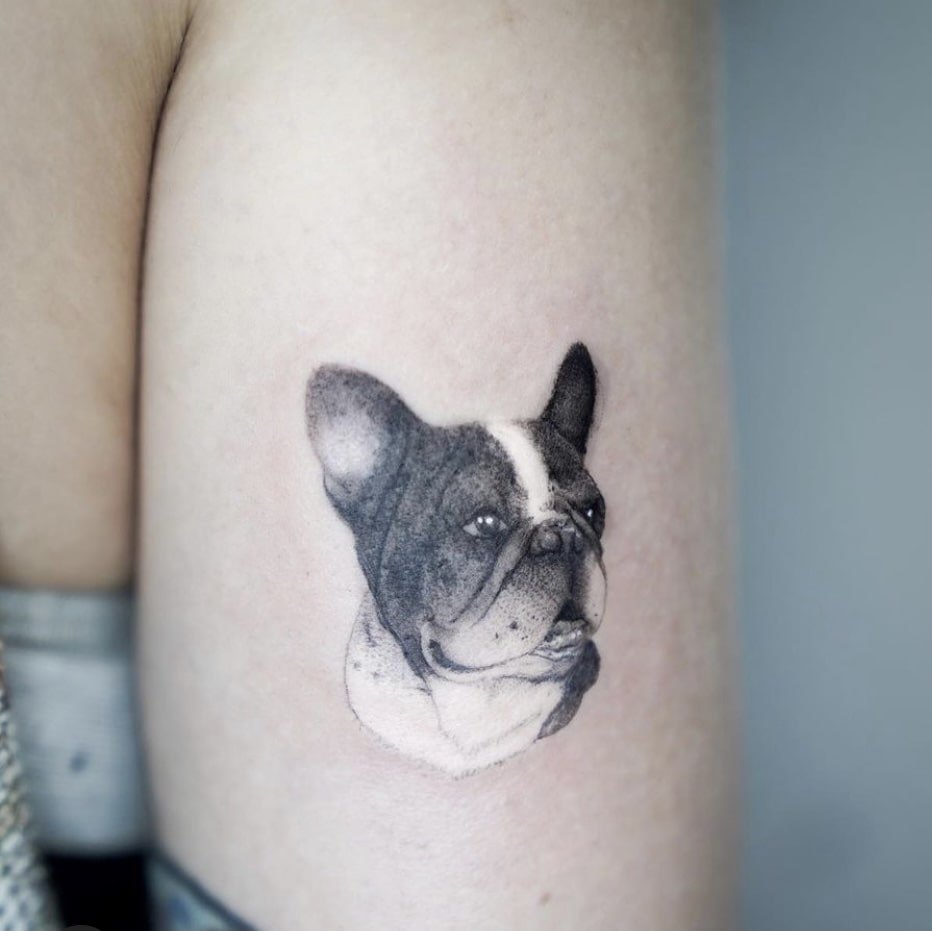 Foto de tatuagem feita por Thamara Elisa Tattoo (@thamaraelisatattoo)