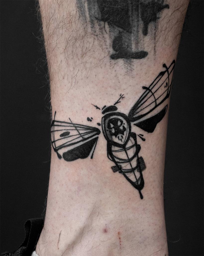 Foto de tatuagem feita por André Servienski (@andre.svk)