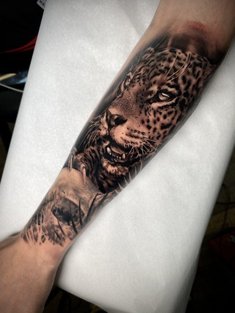 Foto de tatuagem feita por Morais (@moraistattoo13)